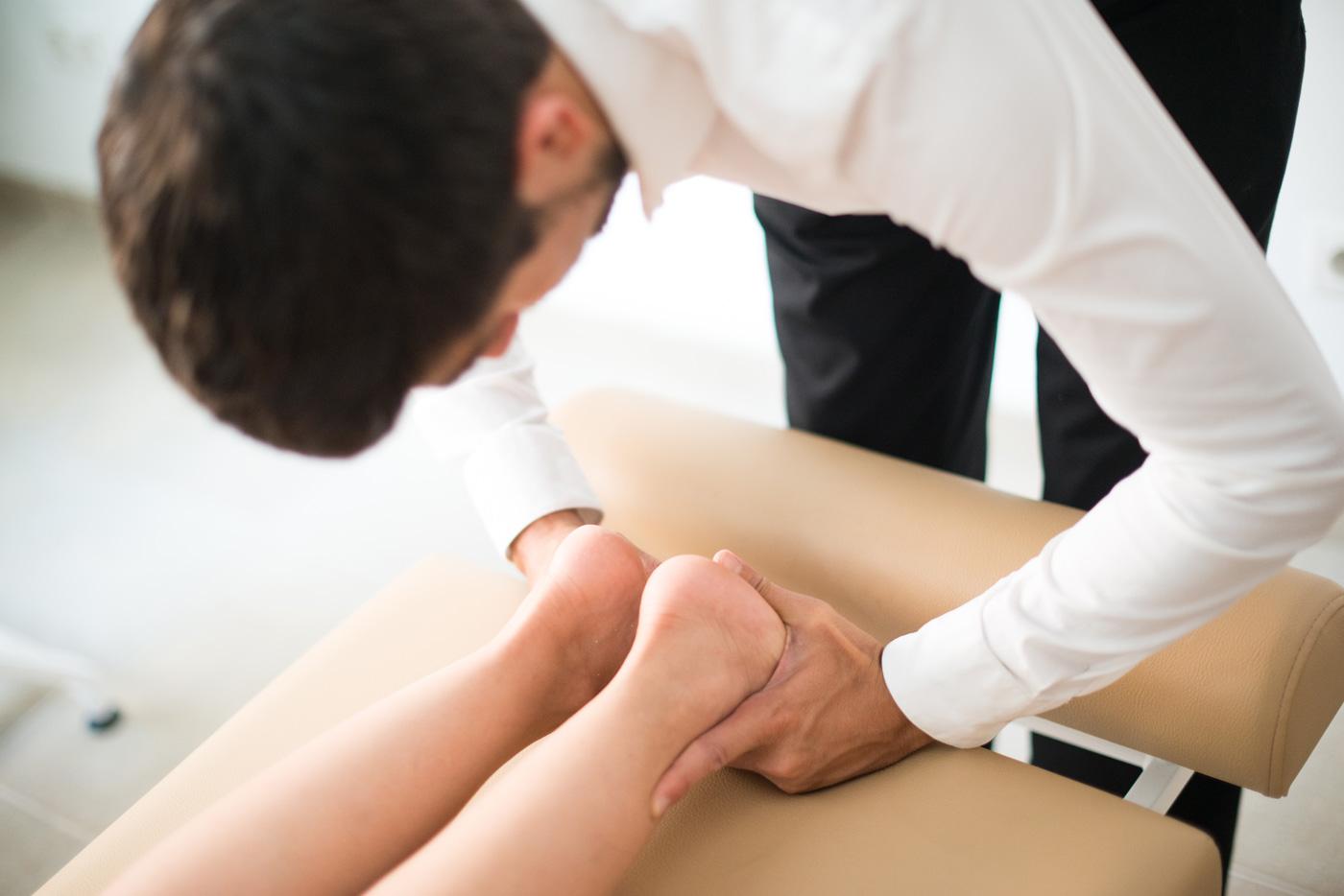 Que es la diferencia entre osteópata y quiropráctico